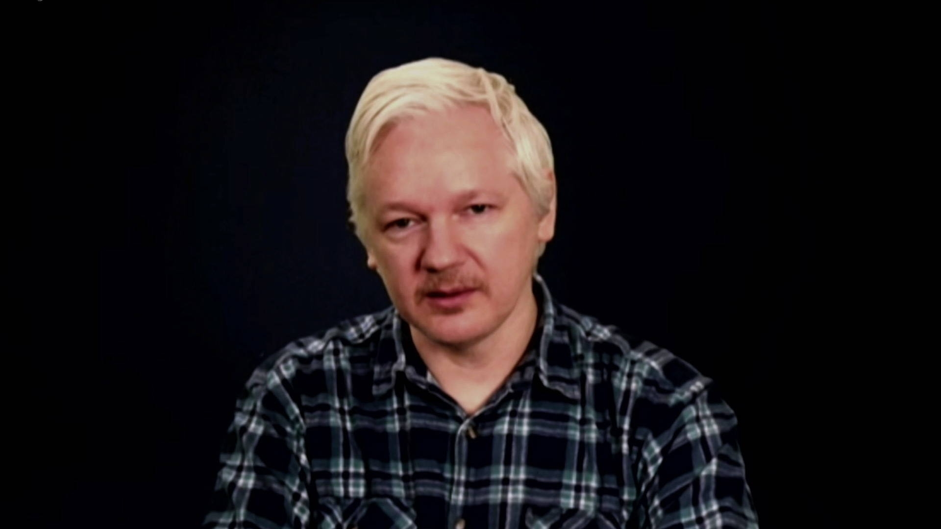 A New Mccarthyism: Julian Assange Accuses Democrats Of