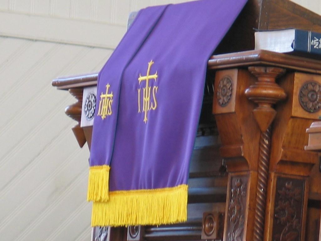 Purple Paraments - Adairsville First United Methodist Chur… | Flickr